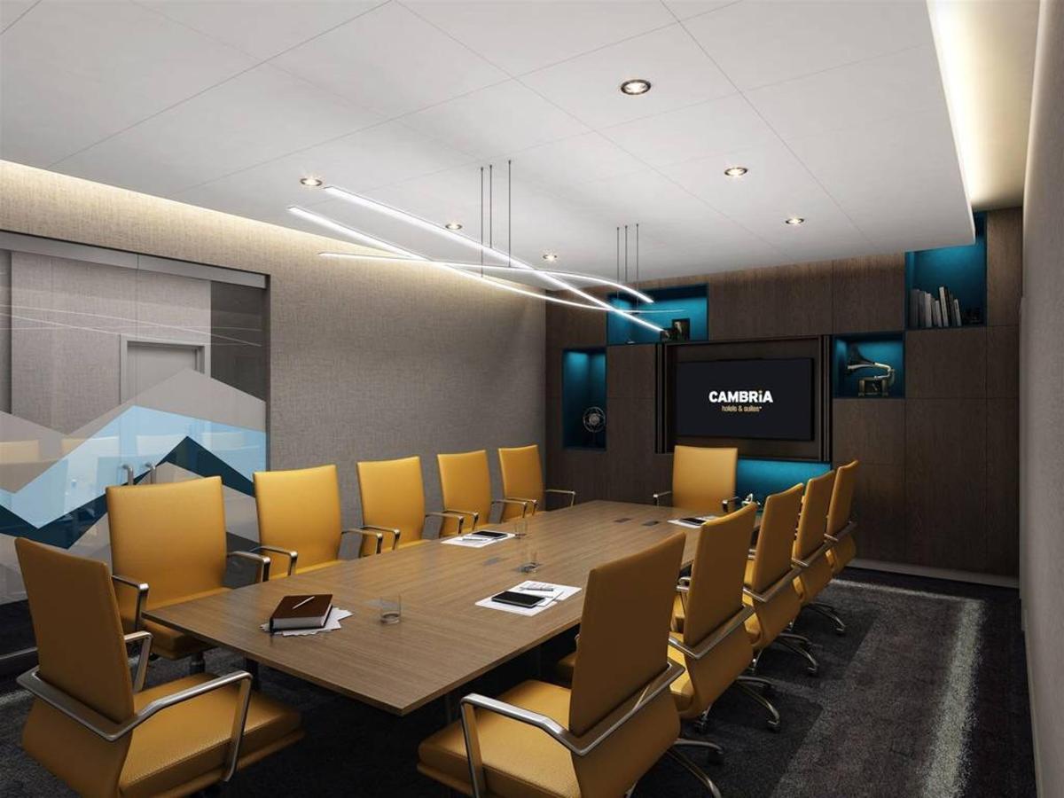 c8_boardroom.jpg.1024x0.jpg