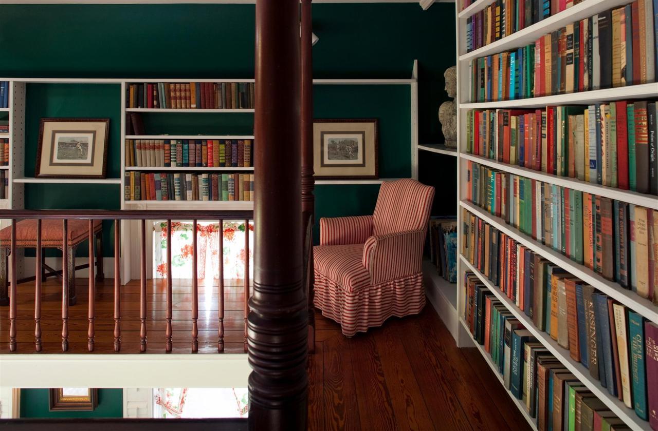 guestroom-library-suite-9-2684686199-o1.jpg.1920x0.jpg