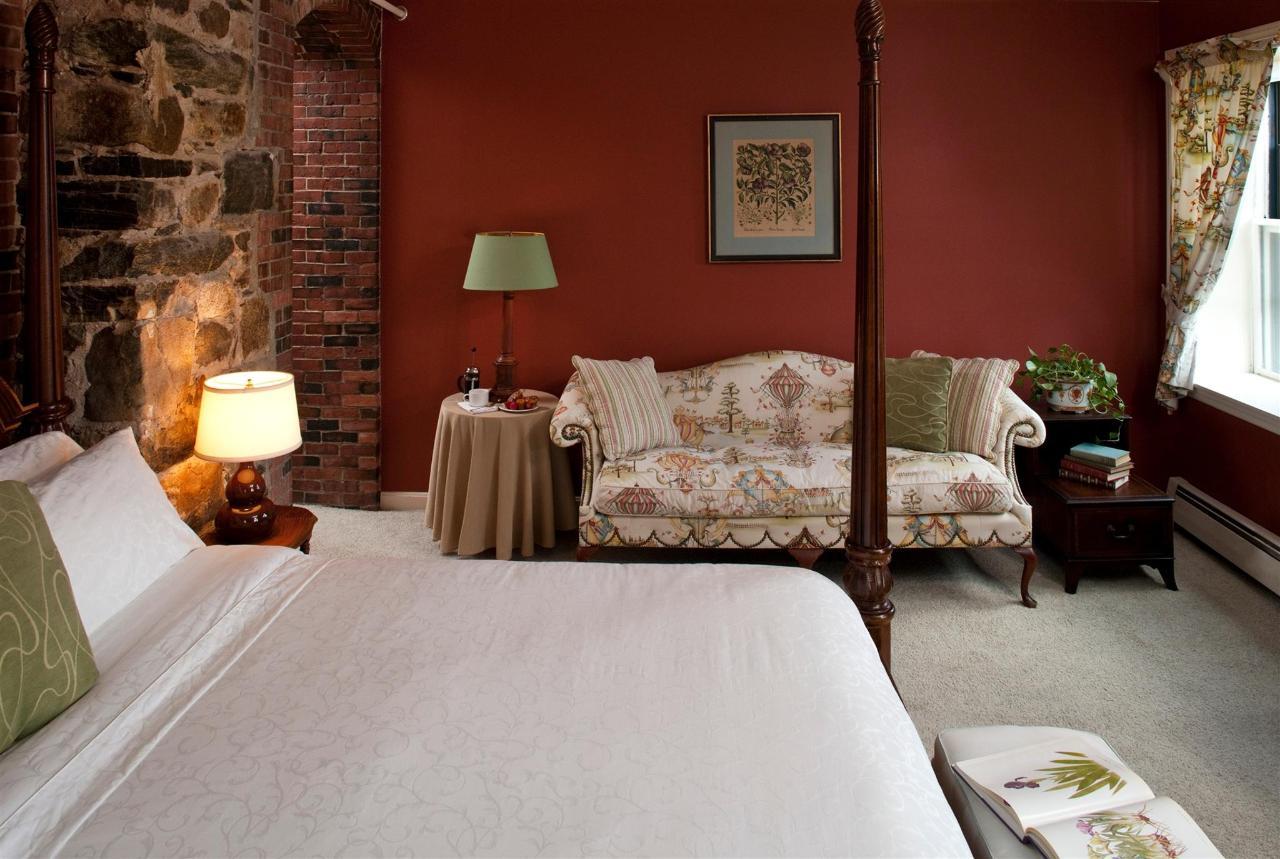 guestroom-arundel-1-2684682763-o1.jpg.1920x0.jpg