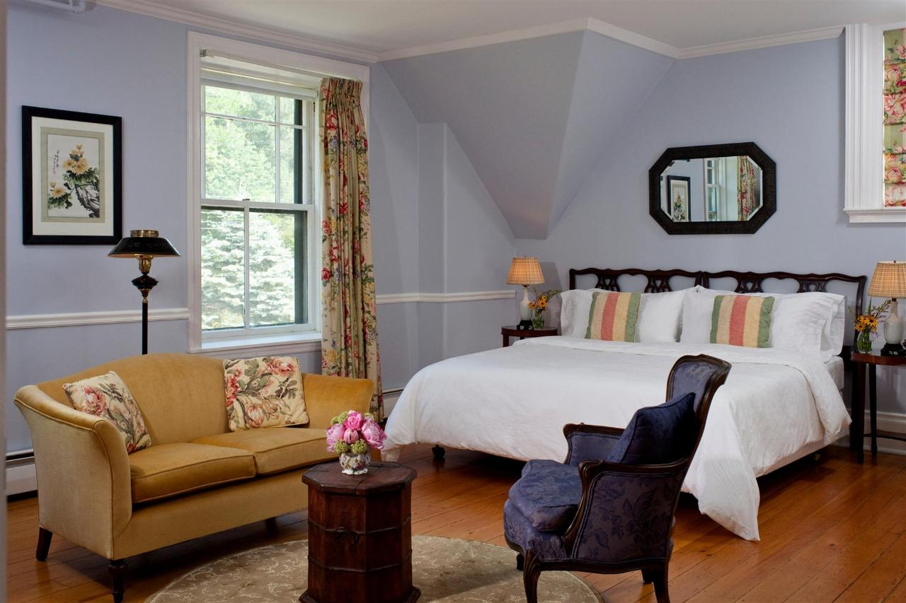 guestroom-lancaster-2684685516-o.jpg.1920x0.jpg