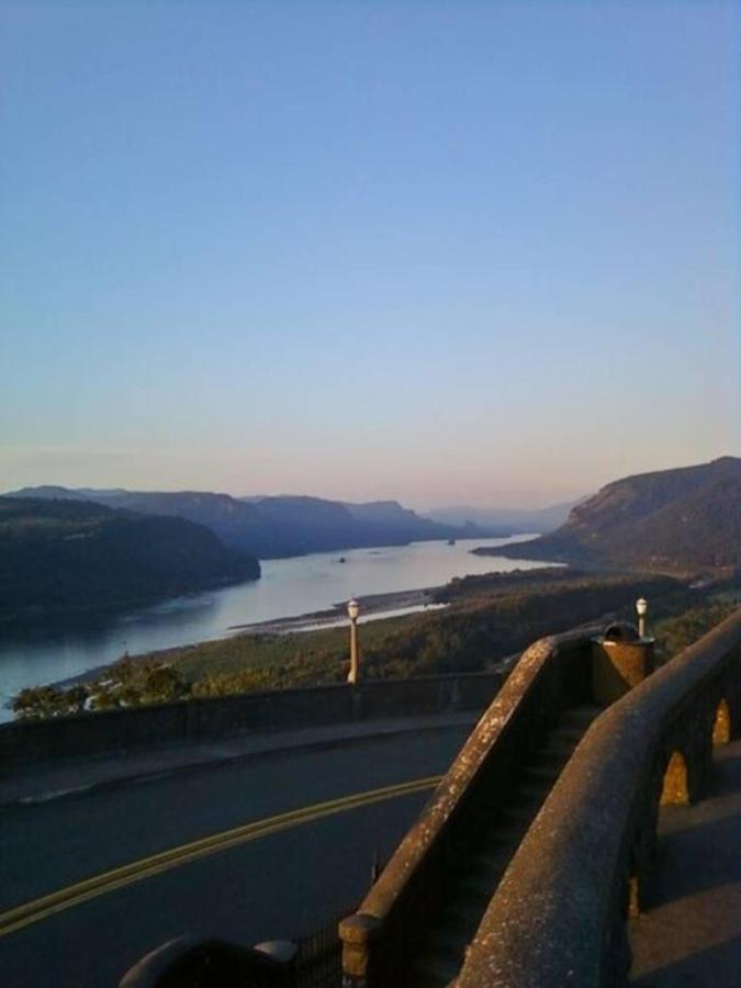 The view from Vista House - photo Loree Harrell.jpg