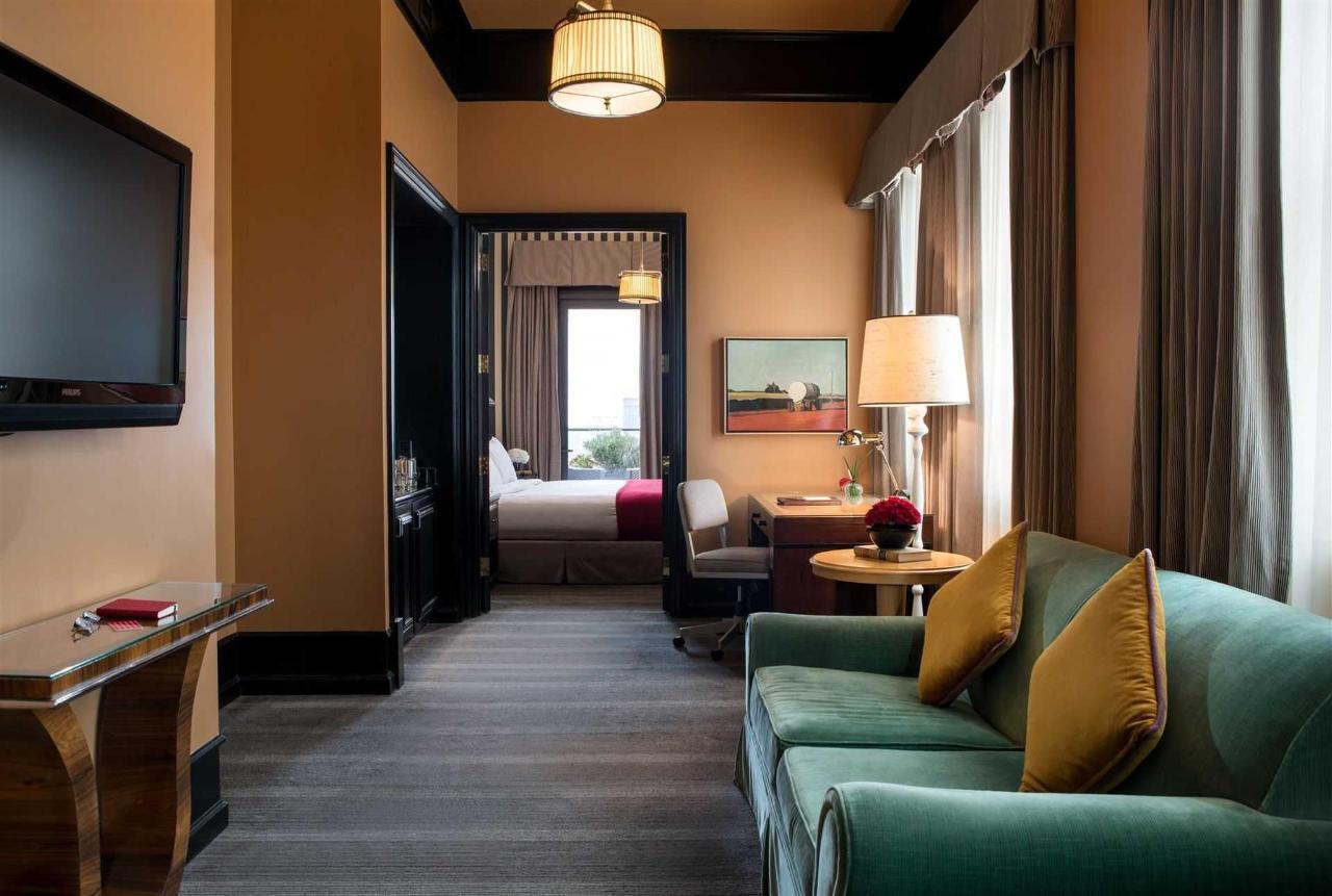 Penthouse Suite Sitting Area