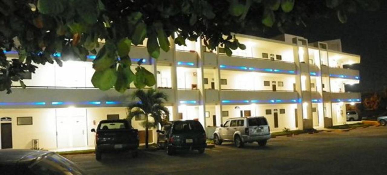 Hotel_QITuxtla6.JPG