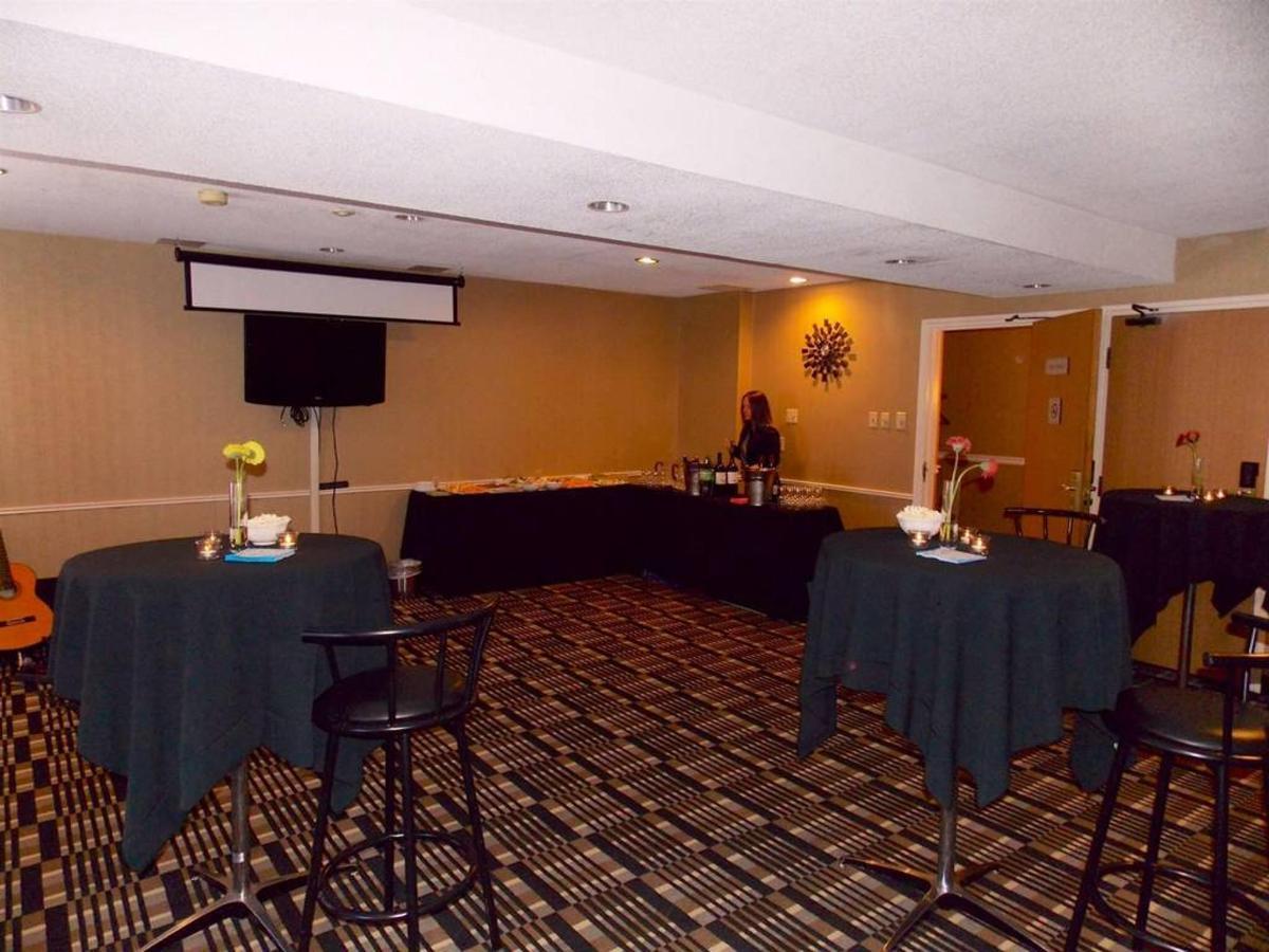 Cocktail Reception Setup.JPG