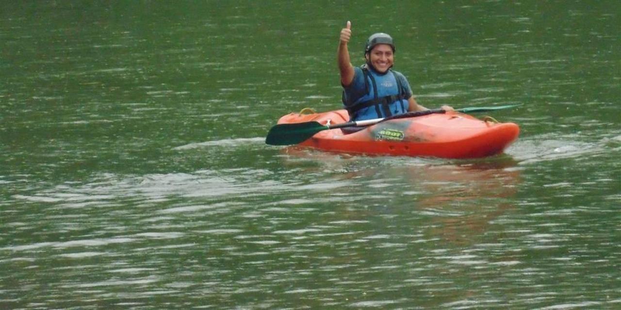 kayak-suchipakari-jungle-lodge-ecuador.JPG