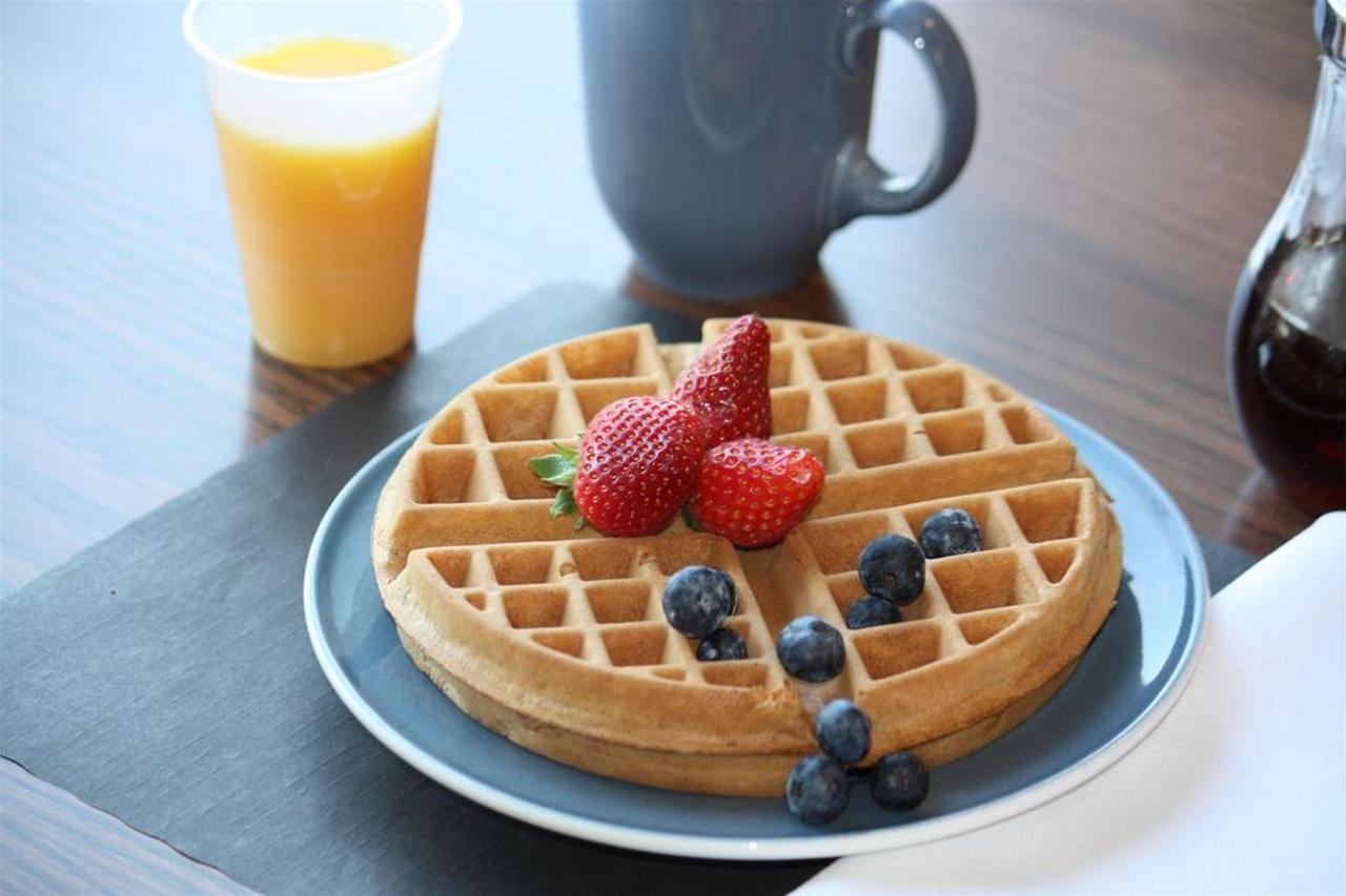 delicious-waffles.JPG.1024x0.JPG