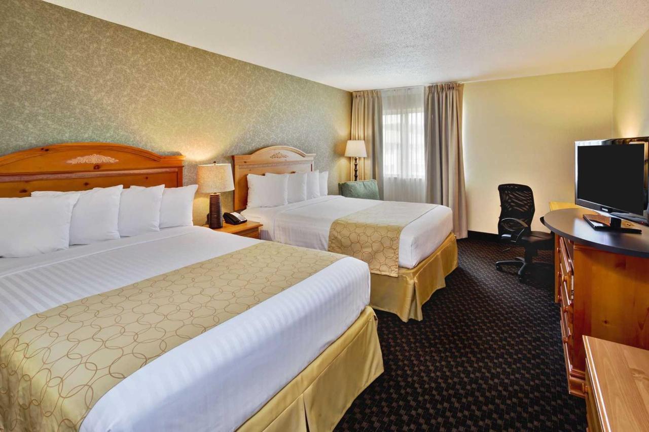 suite_room_1.jpg.1920x0.jpg