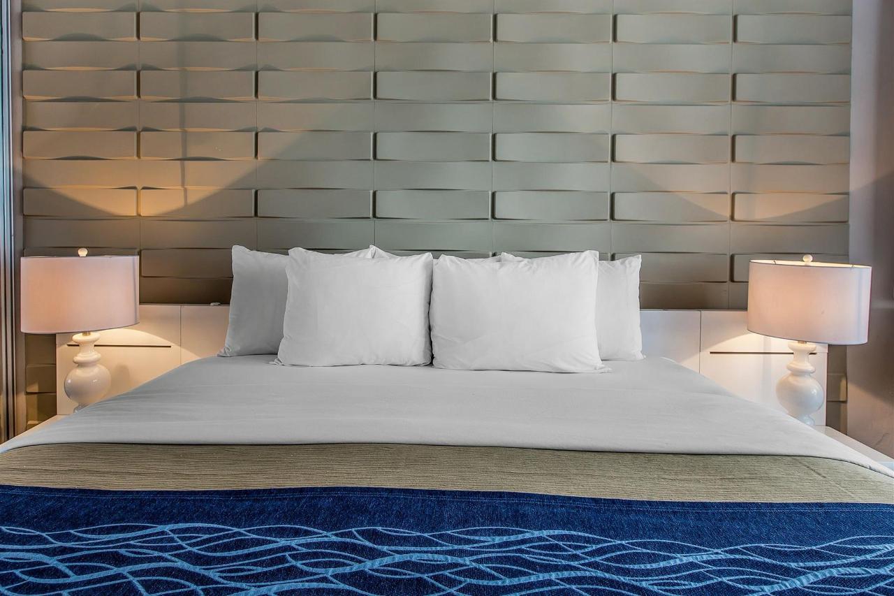 Ocean suites,Quality Inn Piedras Negras Hotel, Piedras Negras, Mexico.jpg