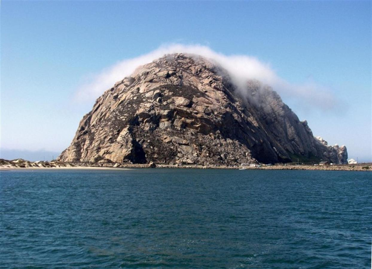 morro-rock-clouds.jpg.1920x0.jpg