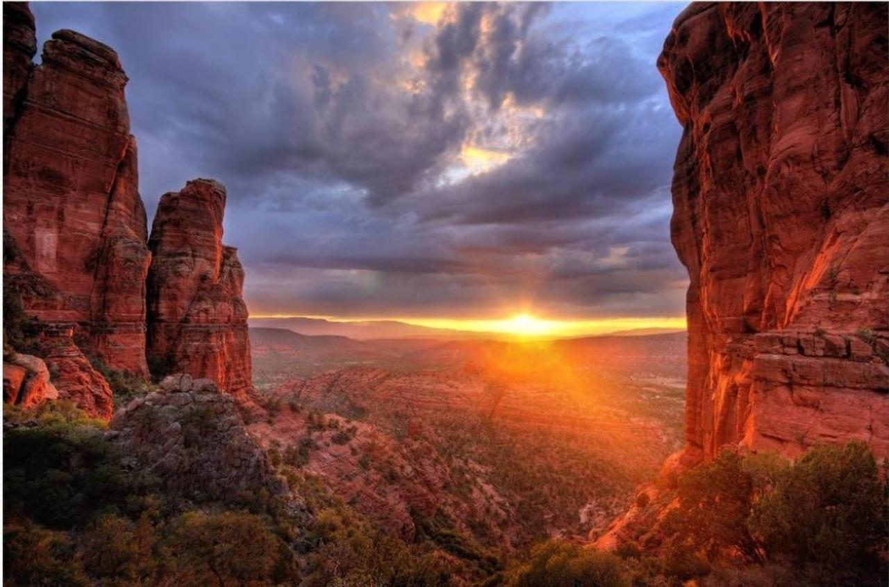 sedona_gorgeous-sedona-arizona-sunset.jpg.1024x0.jpg