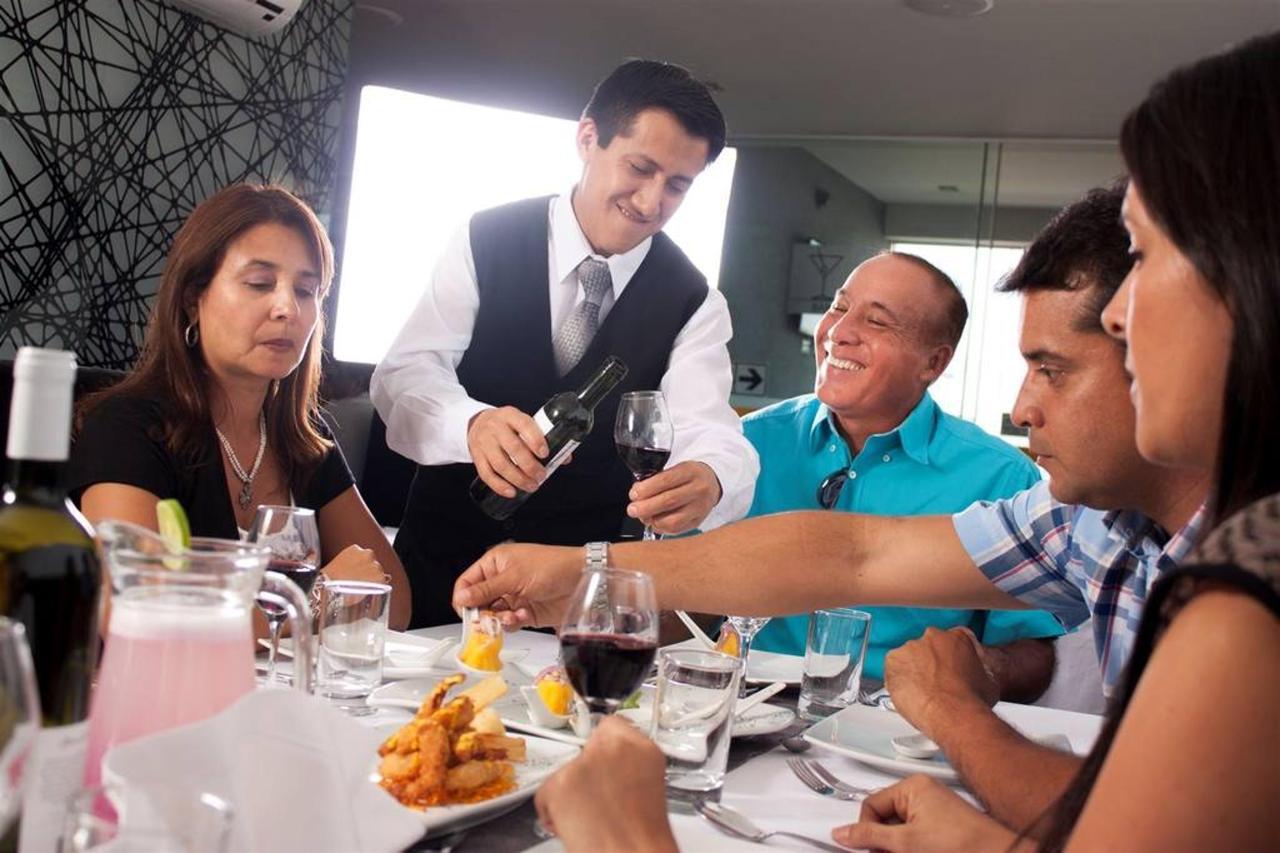 eventos-sunec-hotel-chiclayo-peru5.jpg