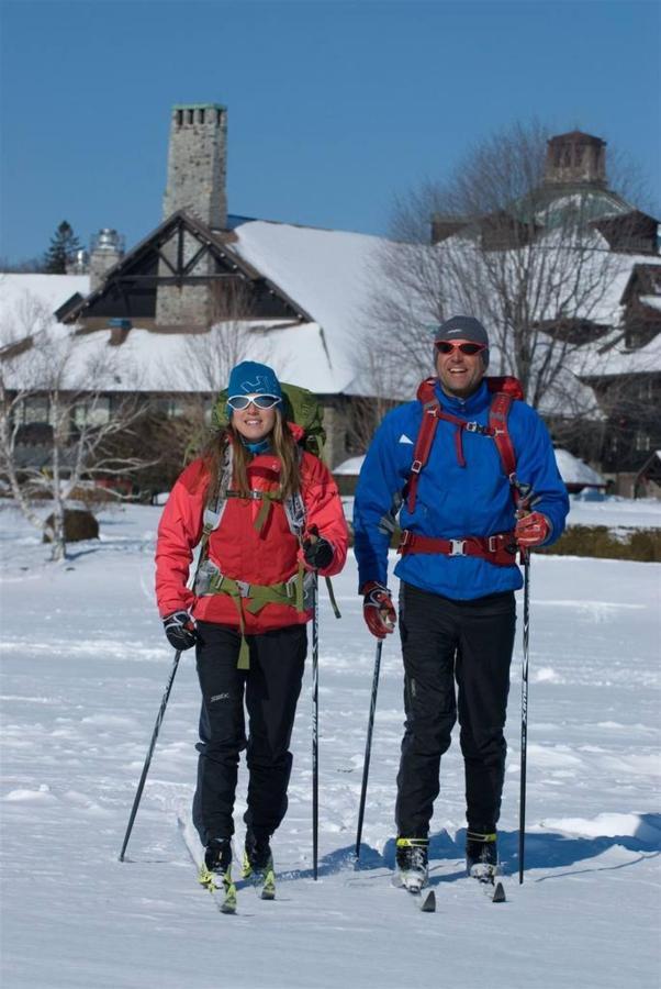 ski-de-fond-au-fairmont-le-ch-a-teau-montebello.jpg.1024x0.jpg