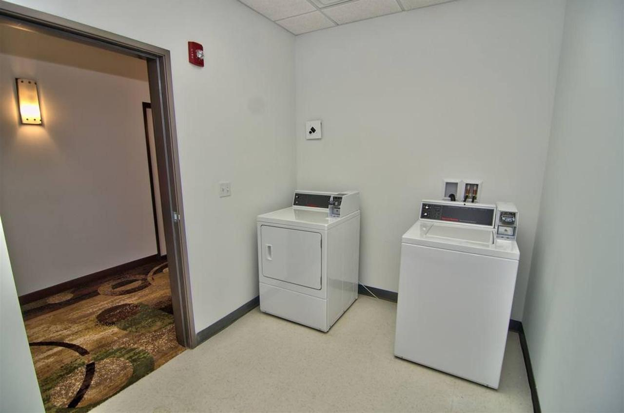 pa675-laundry-area-view-11.jpg.1024x0.jpg