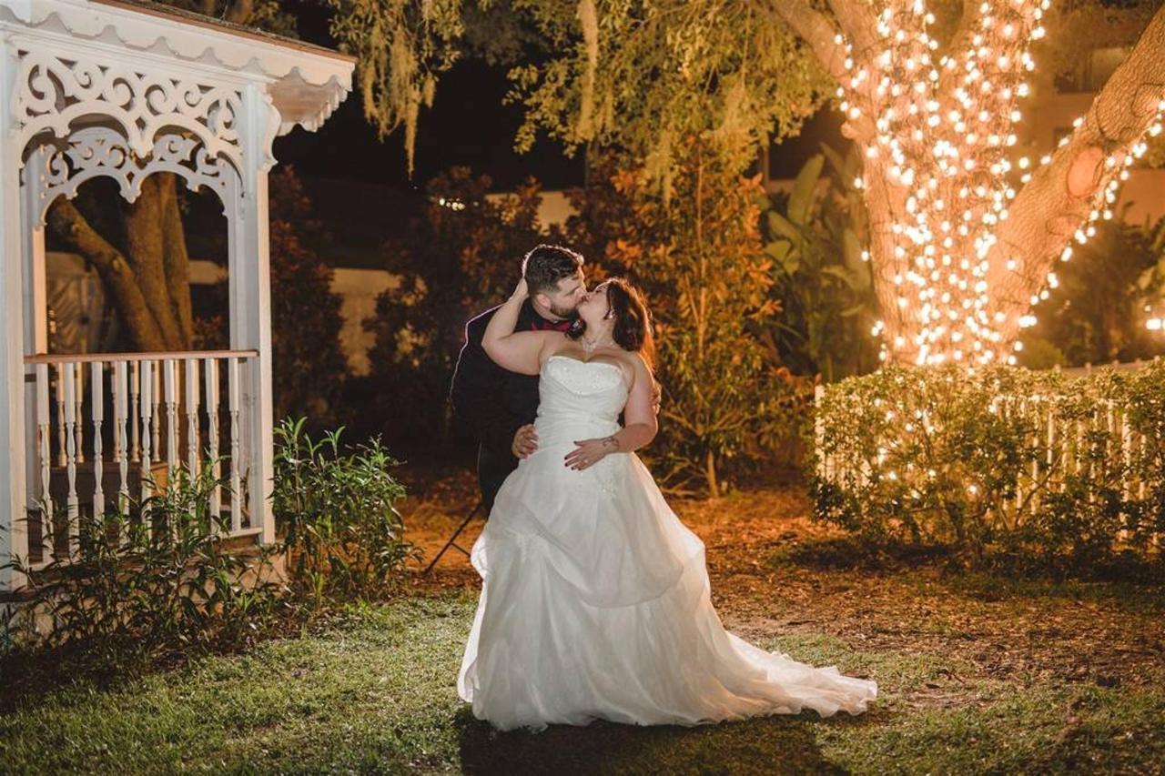night_shot_wedding.jpg.1024x0.jpg