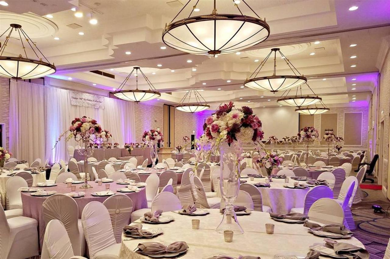 ballroom1.jpg.1024x0.jpg
