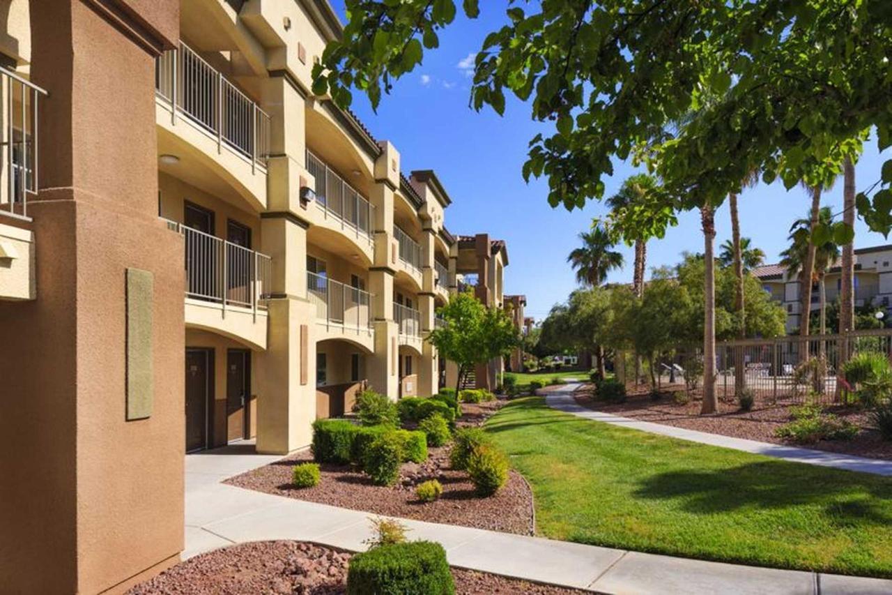 siena-suites-05-08-14-6528e1.jpg.1920x0.jpg
