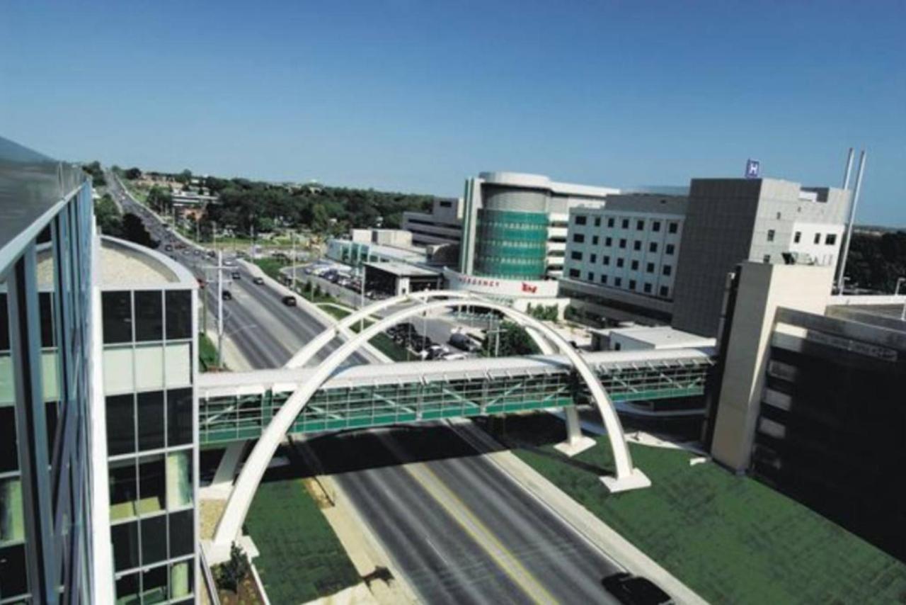 Southlake Regional Health Centre.jpg