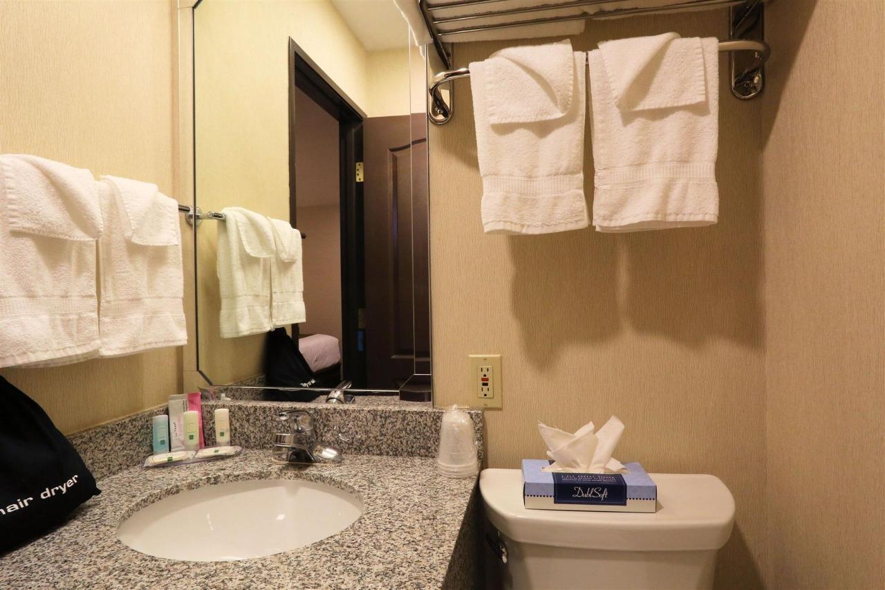 nkqd-upstairs-bath-vanity.jpg