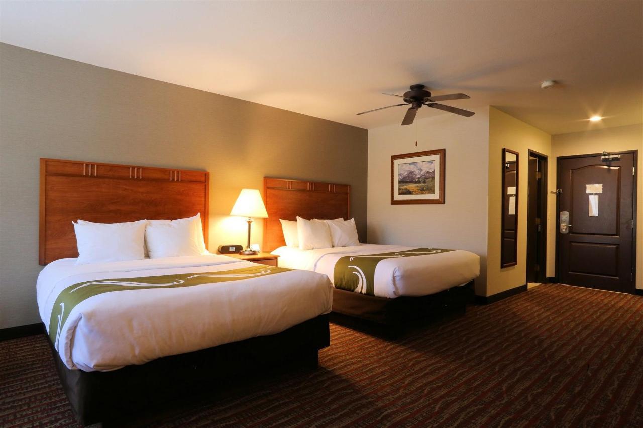 nqq1-beds-room-120.jpg