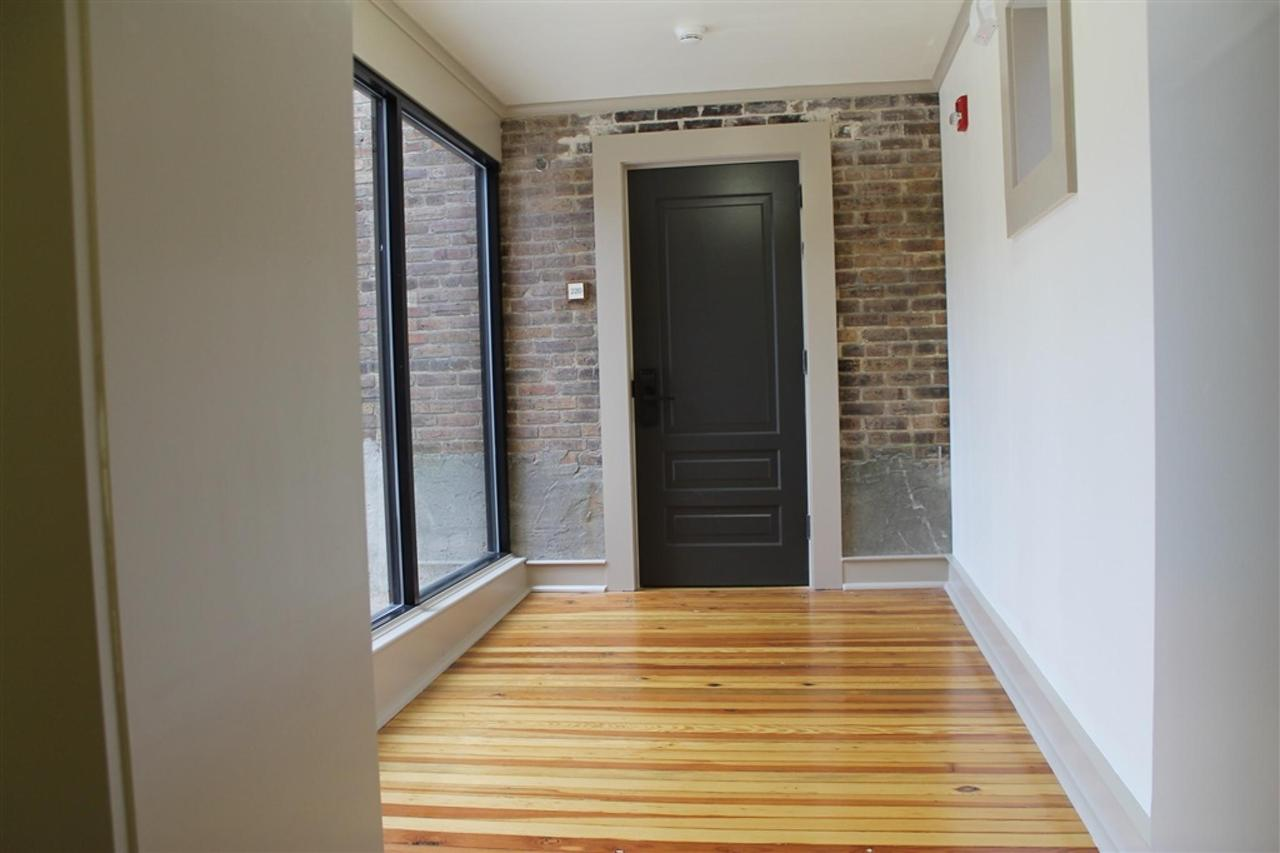 grand-penthouse-private-entry-hallway.JPG.1024x0.JPG