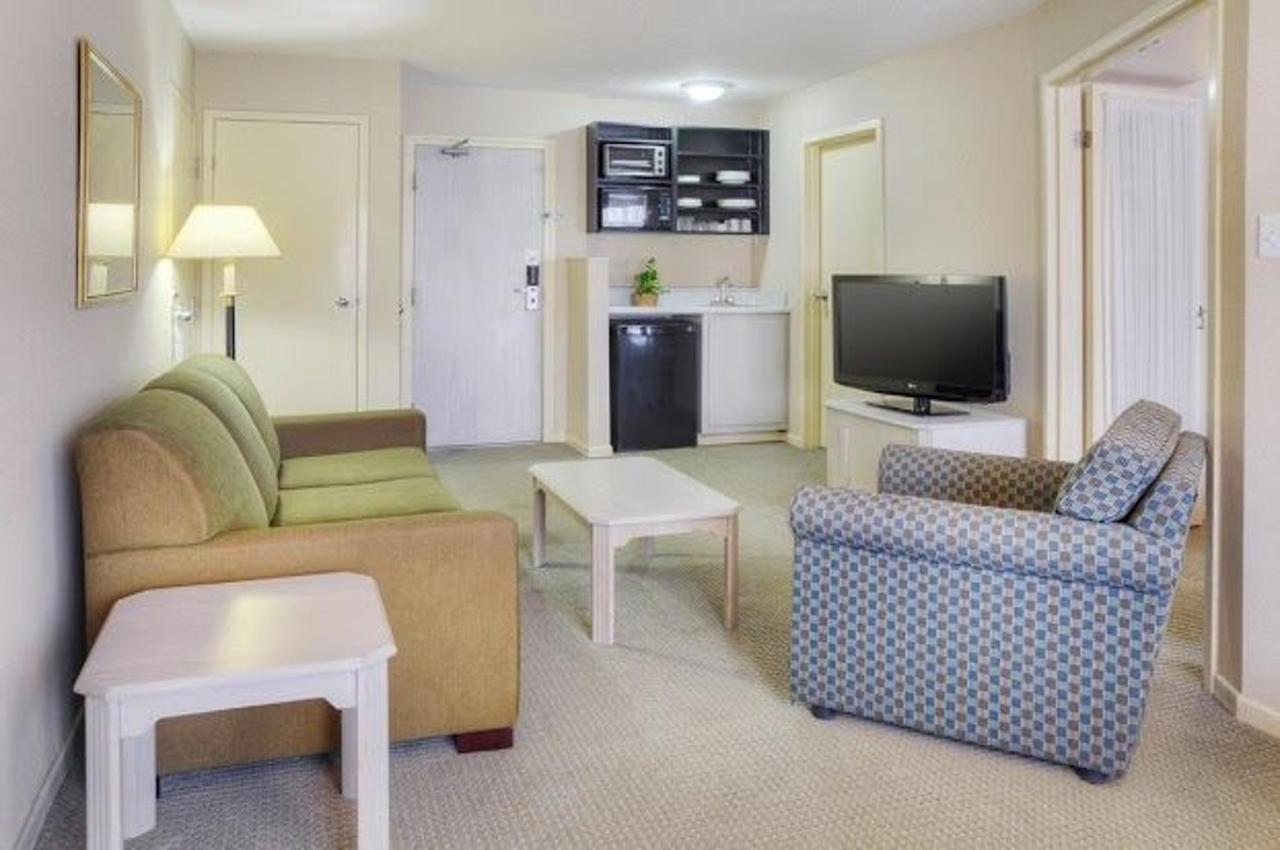 Rooms (6).jpg