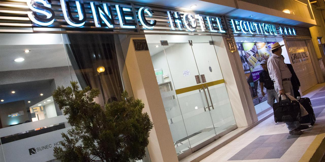 fachada-de-hotel-22.png.1080x540.png