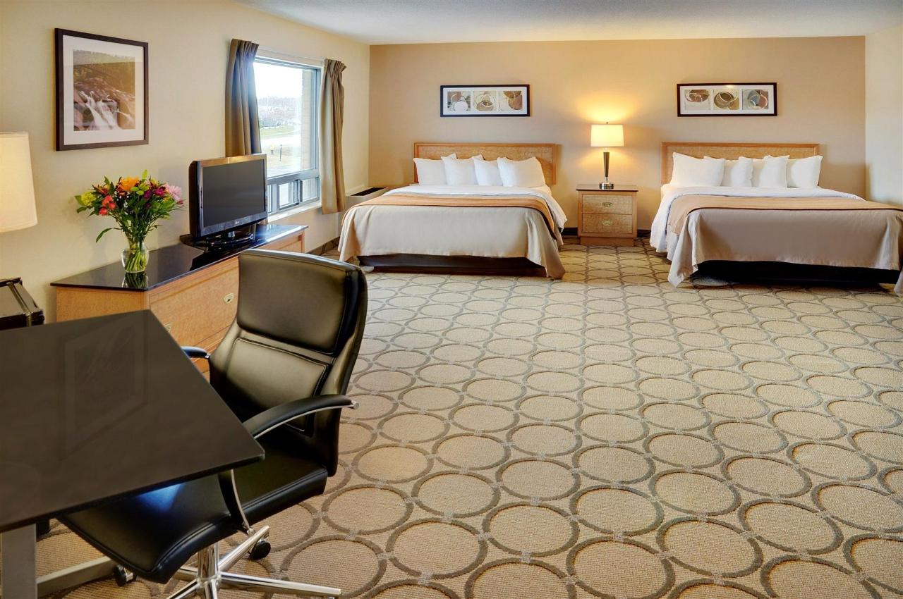 a-variety-of-guestroom-options.jpg