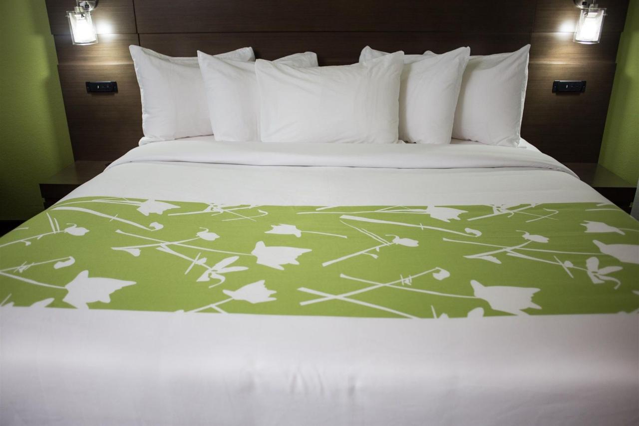 grand-river-hotel-11.jpg