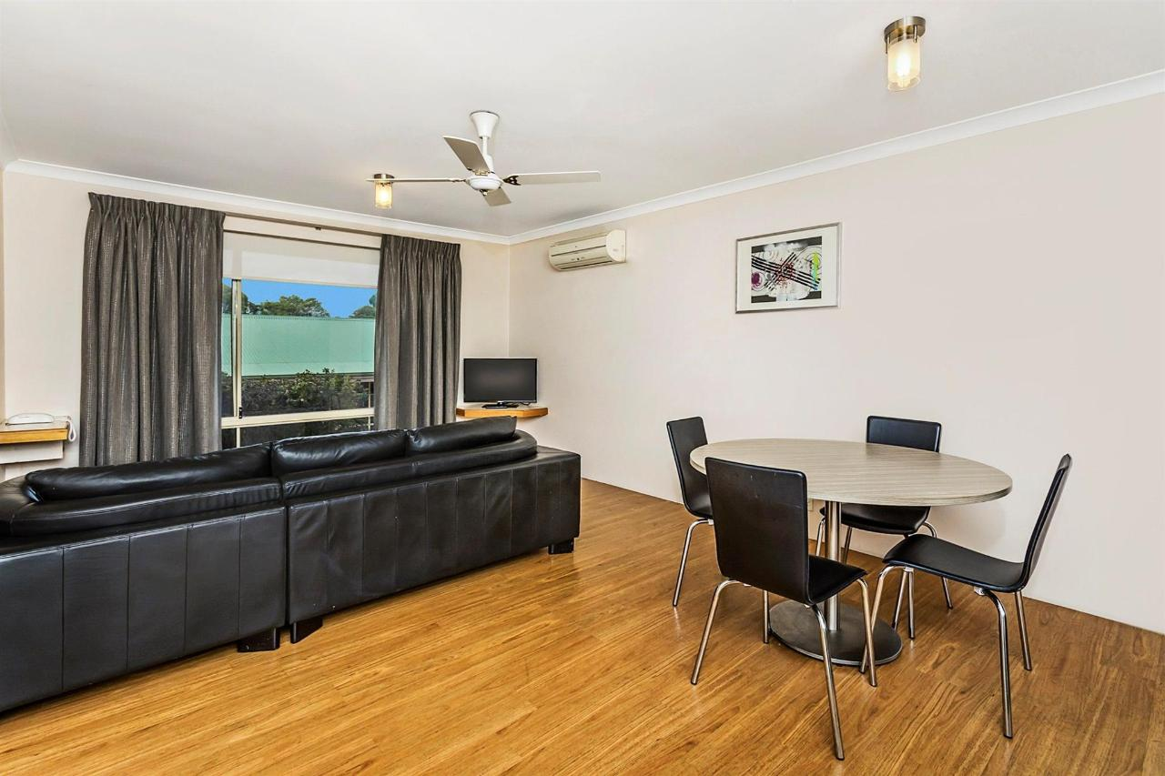 030_open2view_id402386-quality_suites_banksia_gardens.jpg