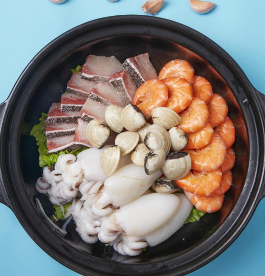 Qiongzhou kitchen pot set