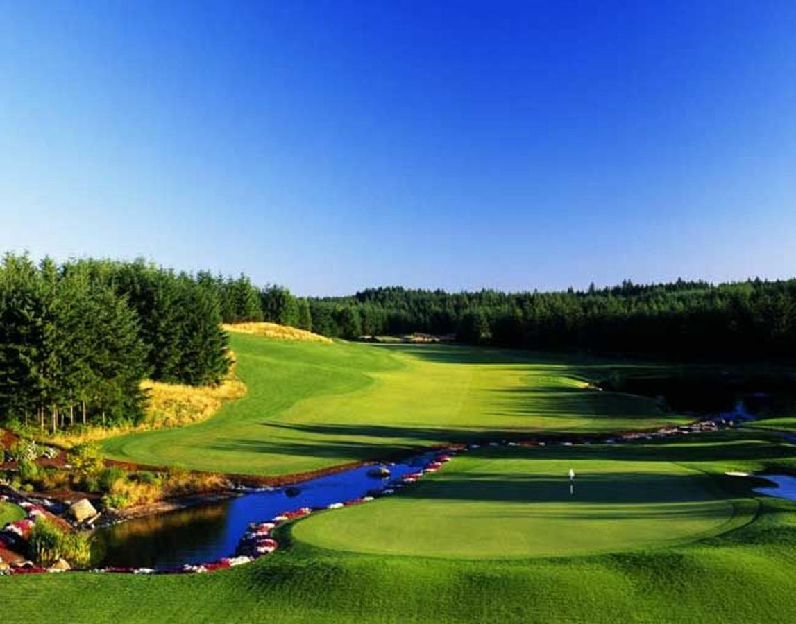 trophy-lake-golf-course-2.jpg