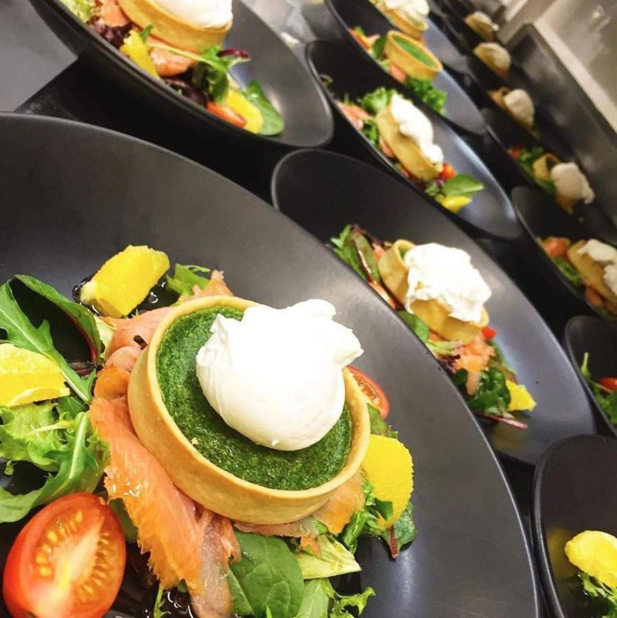 006_function-food_tart_castlereagh-boutique-hotel_sydney-cbd.JPG.1024x0.JPG