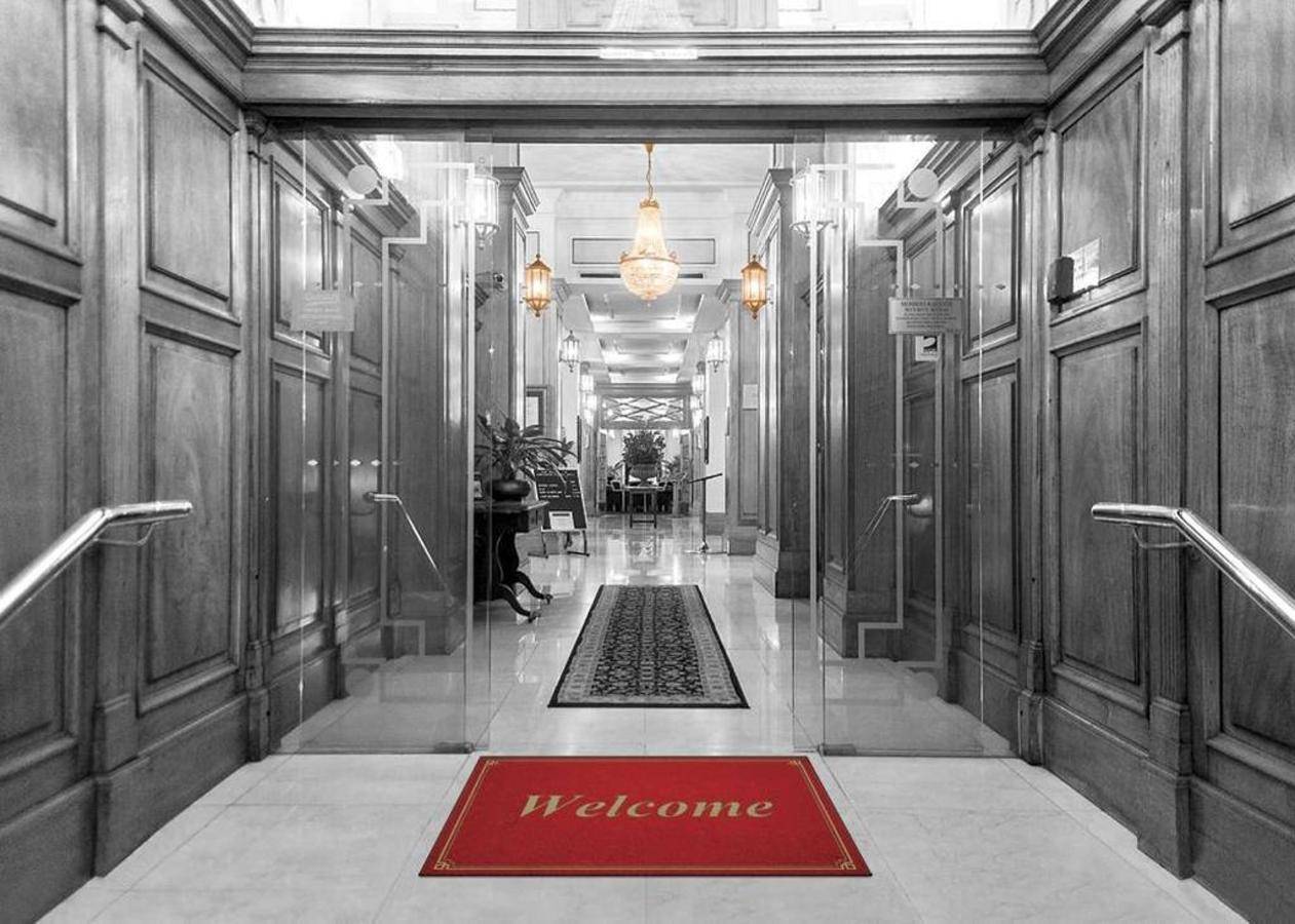 front-entrance_castlereagh-boutique-hotel_unique-sydney-cbd-accommodation.jpg.1024x0.jpg