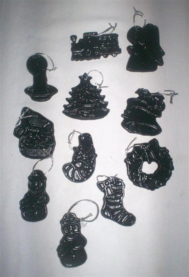 coal-ornaments.jpg.1920x0.jpg