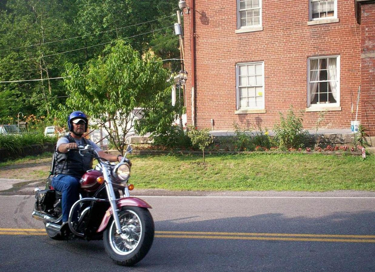 bikergerry.jpg.1080x0.jpg