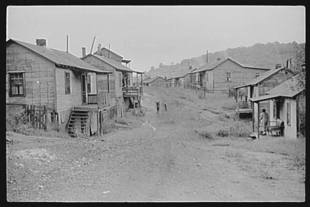 chaplain-1938-wolcottmarionpost.jpg.1080x0.jpg