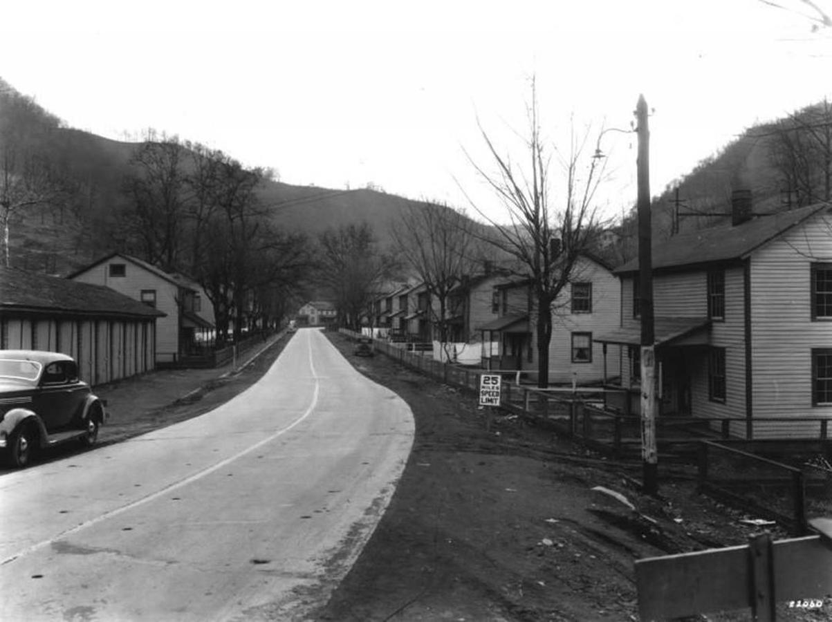 ecclandgraff1935.jpg.1080x0.jpg
