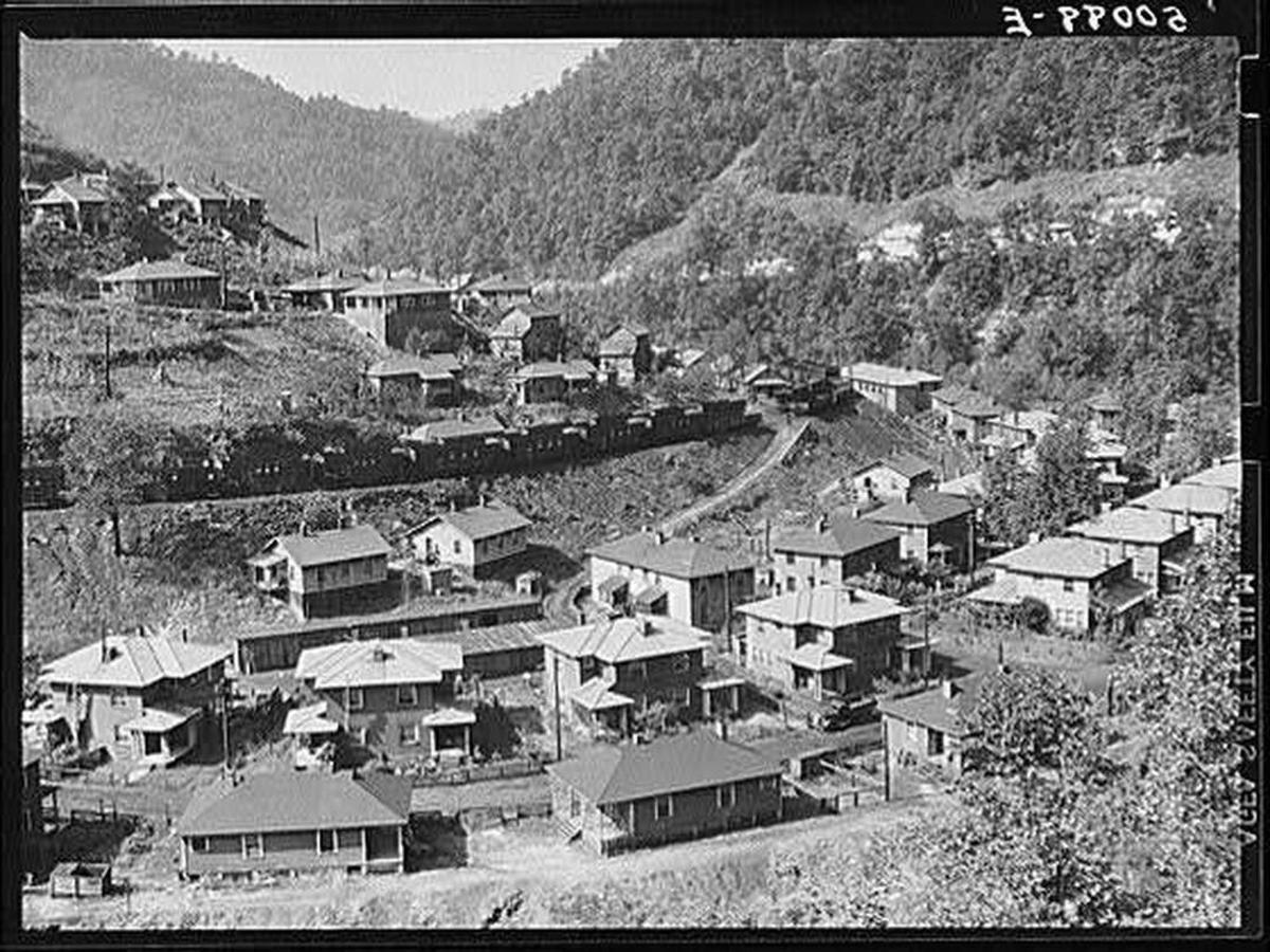 nearwelch-1938c-wolcottmarionpost.jpg.1080x0.jpg