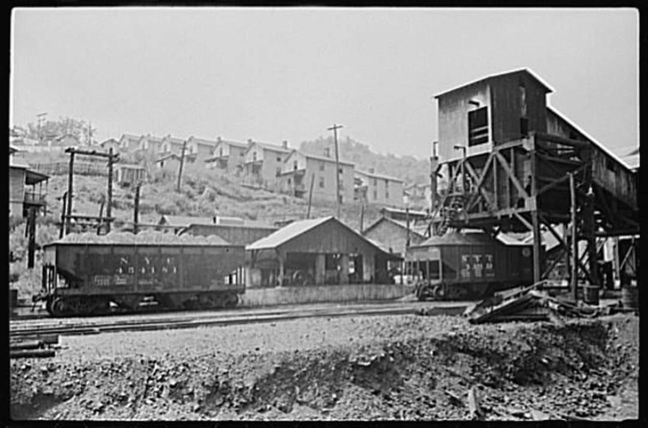 pursglove-1938-wolcottmarionpost.jpg.1080x0.jpg