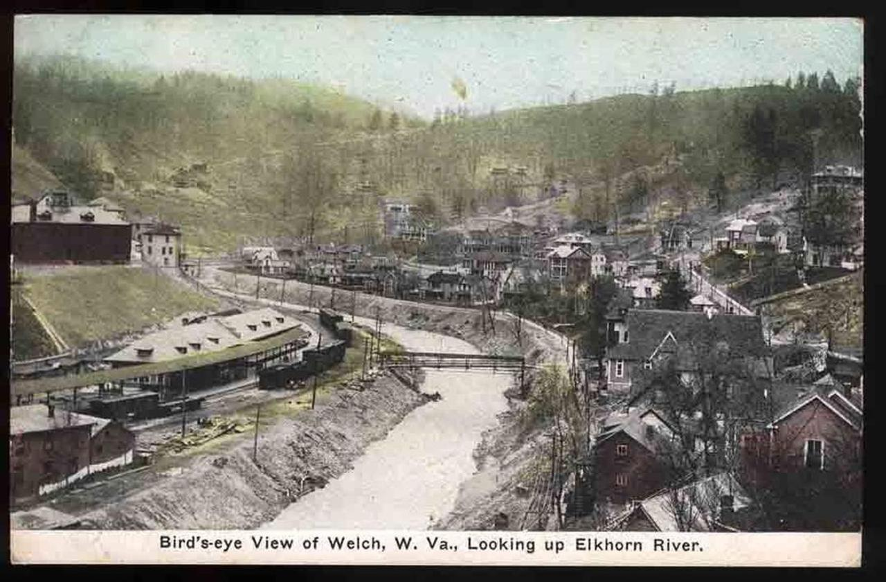 welch-rrstation.jpg.1080x0.jpg