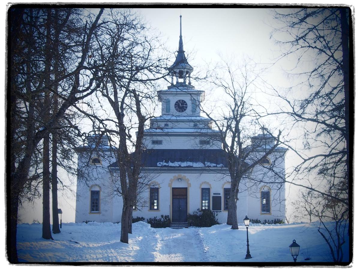 church, winter.JPG