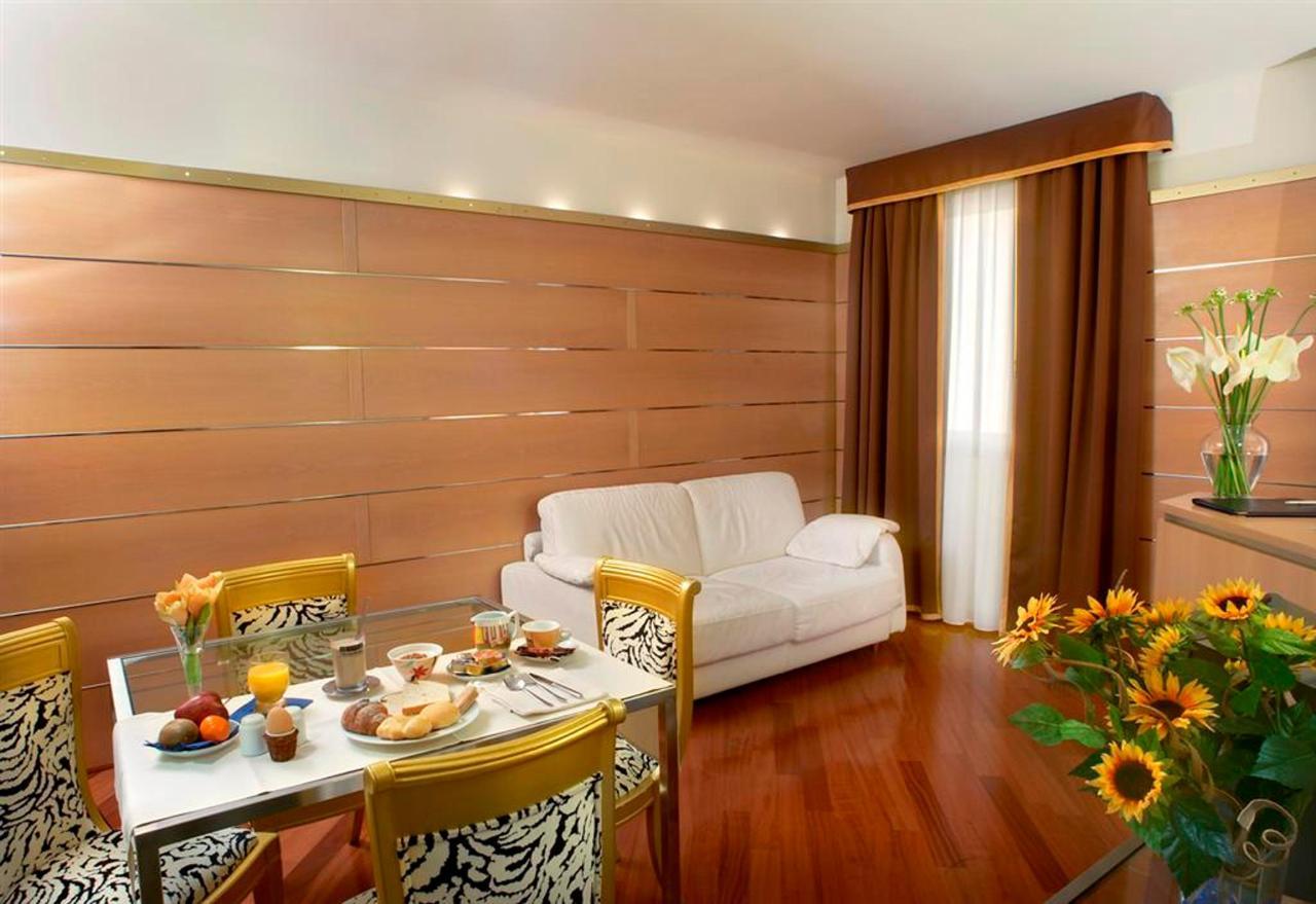 lebende suite2 (Large) .jpg