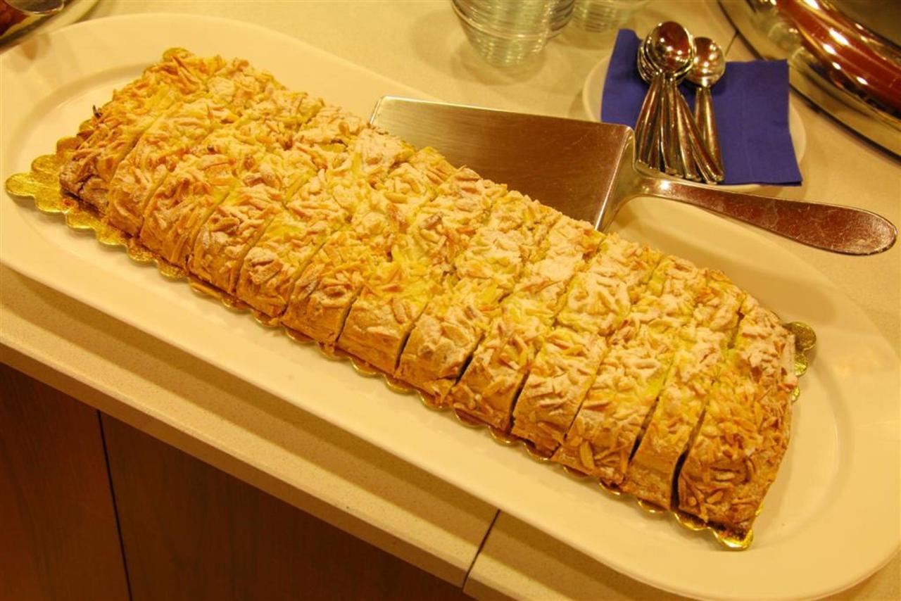 gâteau de petit-déjeuner 1 (Grand) .JPG