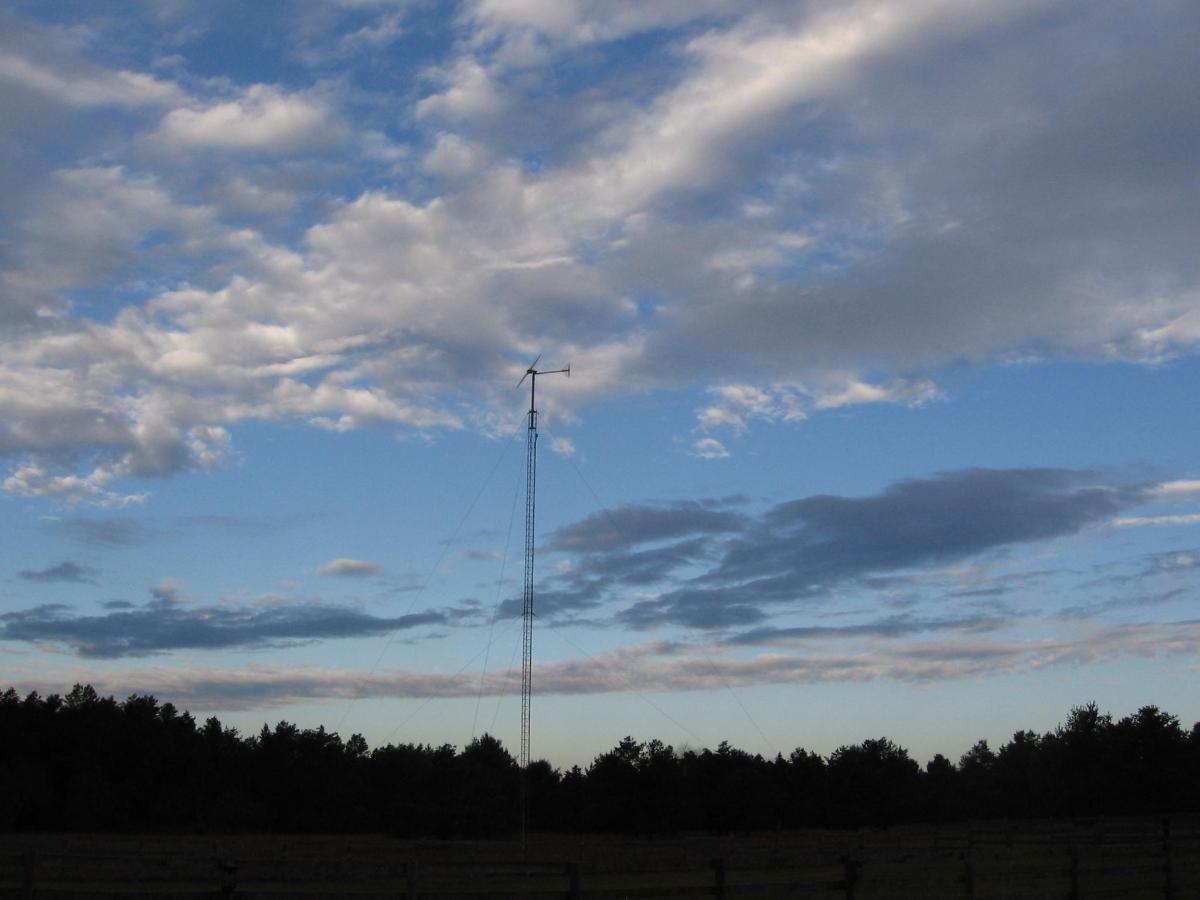 Wind Turbine 4.jpg