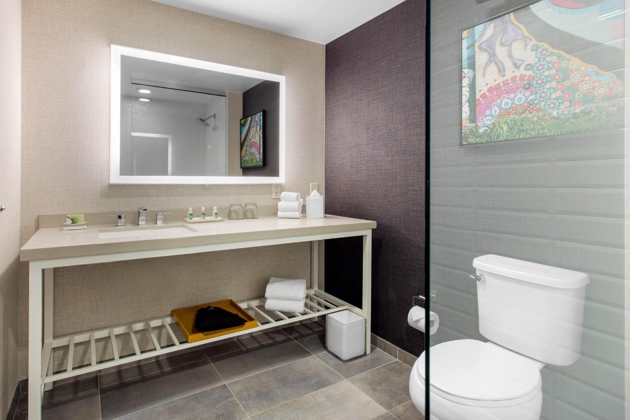 k Bath 4.jpeg