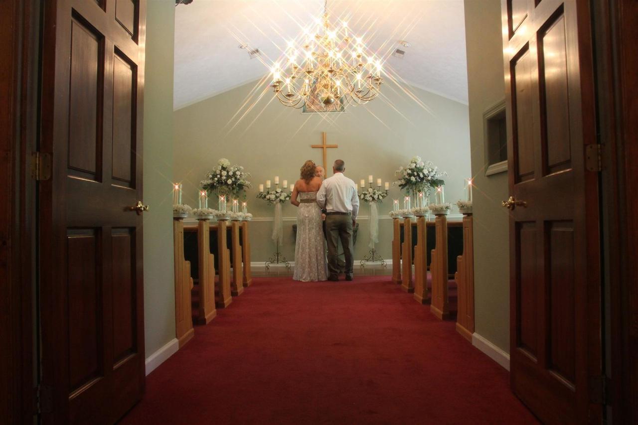 GWC - Email Chapel Interior.jpg