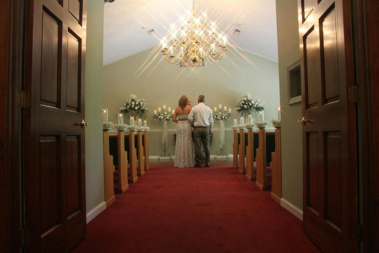 Chapel Interior 14.jpg