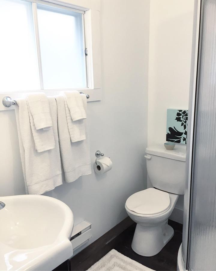 6c Bath.JPG