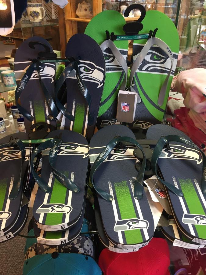 Seahawks flipflops