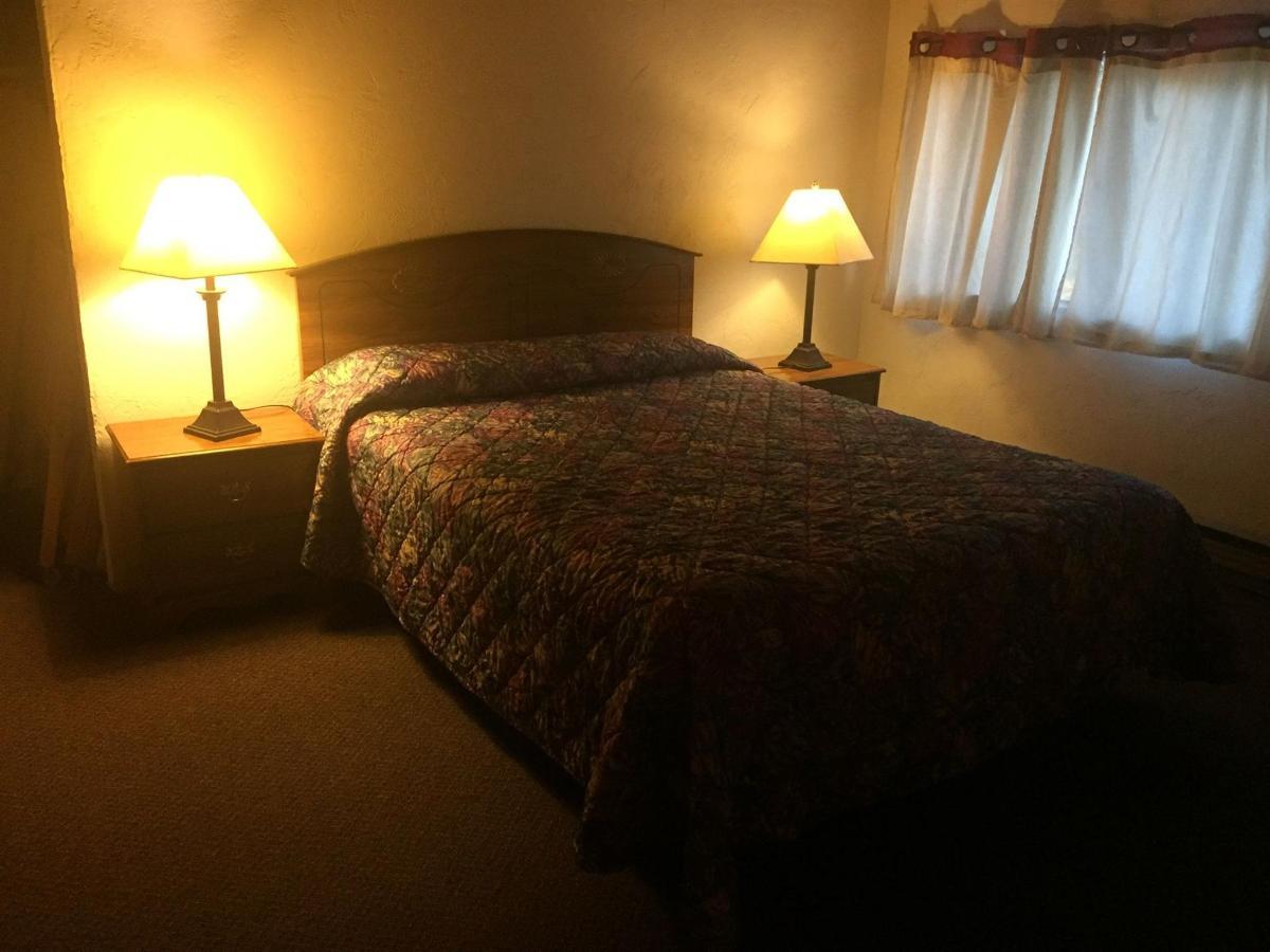 Queen Bed 50
